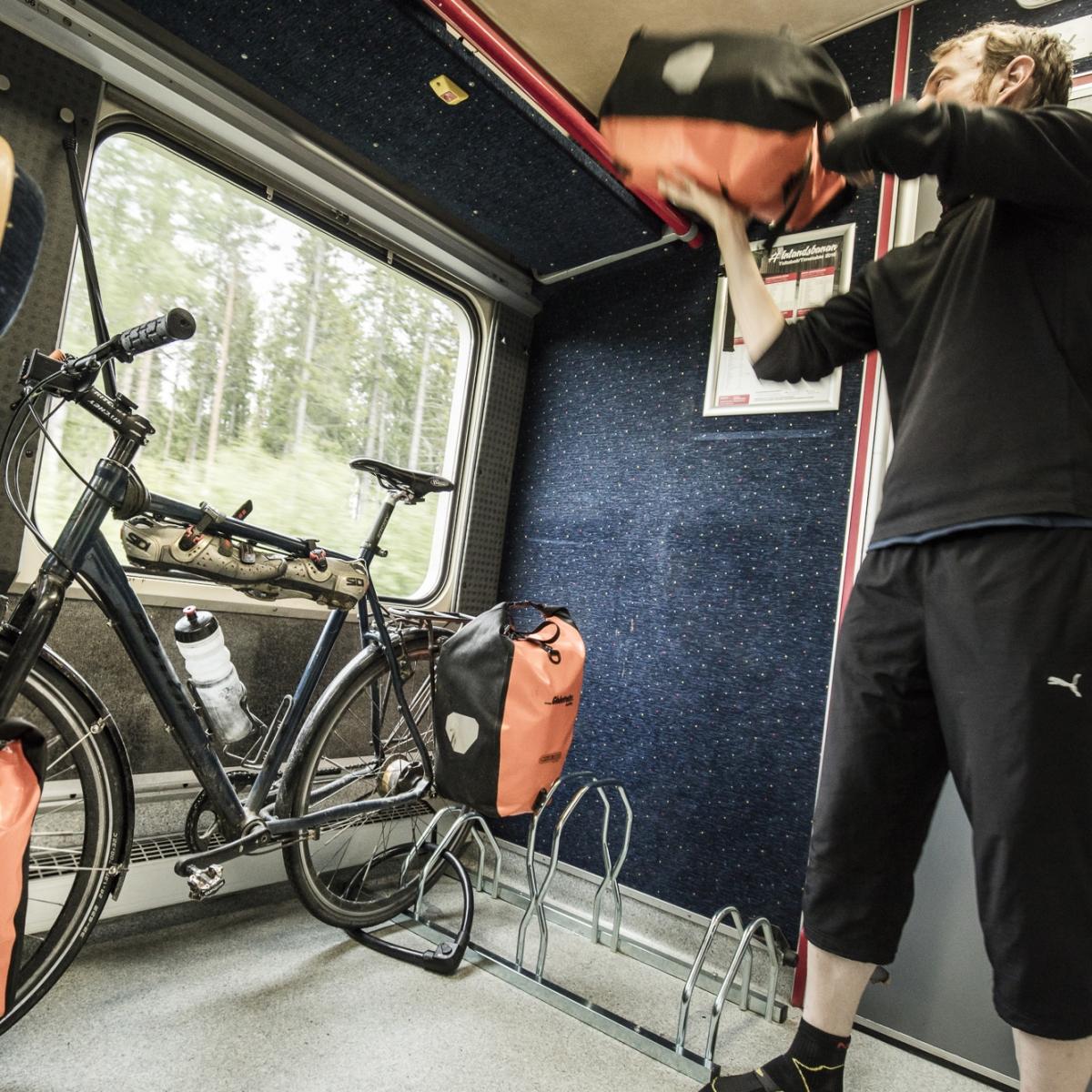 Cykel ombord Inlandsbanans tåg
