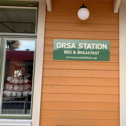 Orsa station, cafe och B&B