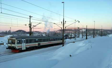 Snötaget has just departed from Östersund C